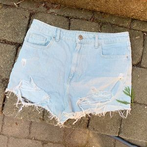FOREVER 21, high waisted jean shorts!!